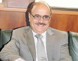وزير الإعلام يخرج عن صمته ويوضح حقيقة الإنقطاع المتكرر للفضائية اليمنية