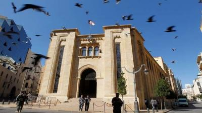 استقالة الحريري فاجأت بري والسبهان ينفي تحريض السعودية له.. ونصر الله يعلن موقفه مساء