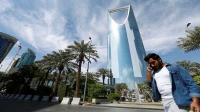 احتجاز الأمير الوليد بن طلال يربك شركات عالمية