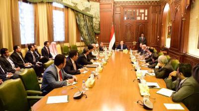 الرئيس هادي يلتقي قادة وممثلي الأحزاب والمكونات السياسية