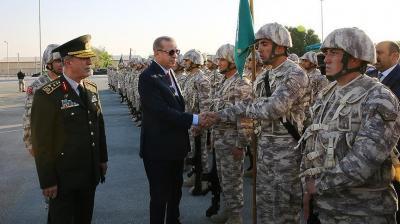 أردوغان يزور القاعدة العسكرية التركية في قطر