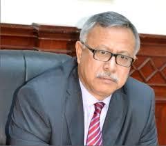 """صحيفة """" اليمن اليوم """" التابعة للرئيس السابق """" صالح """" تكشف عن أزمة حادة داخل حكومة بن حبتور بصنعاء"""