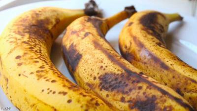 """هذا ما يحدث للجسم عند تناول """"الموز ذات البقع السوداء """" ؟"""