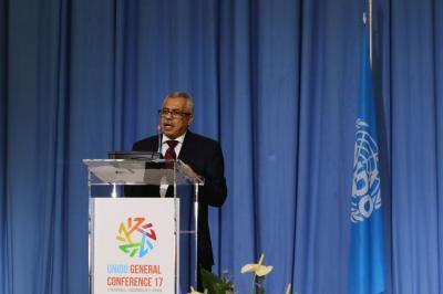 الوزير الميتمي : الاقتصاد اليمني انكمش بمقدار الثلث والبطالة ارتفعت الى 70 بالمائة