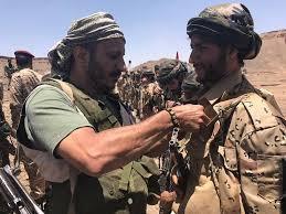 """لماذا إنتقلت المواجهات بين الحوثيين وقوات تابعة لـ """" صالح """" من جامع الصالح إلى حصار منزل العميد طارق محمد عبدالله صالح ؟"""