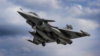قطر تشتري من فرنسا 12 مقاتلة رافال و50 طائرة إيرباص
