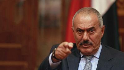 كاتب يمني يكشف عن 6 مشاهد غابت عن صالح .. فقتله الحوثيين