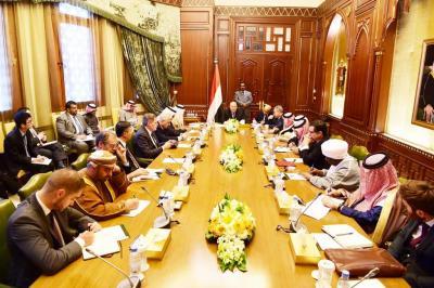 الرئيس هادي يلتقي سفراء مجموعة الدول الـ 19 ويؤكد بأن العمليات العسكرية لن تتوقف حتى تحرير كافة التراب اليمني