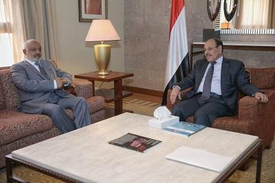 نائب الرئيس يشدد على حشد القوى لتحرير الحديدة وإنهاء تعسفات ميليشيا الحوثي