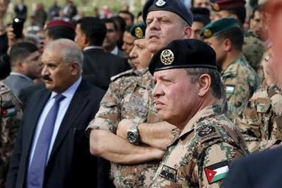 الديوان الملكي الأردني يصدر تحذيراً بشأن إحالة أمراء للتقاعد