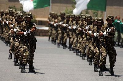 الجزائر: الجيش يفشل 25 محاولة لإدخال أسلحة في 2017
