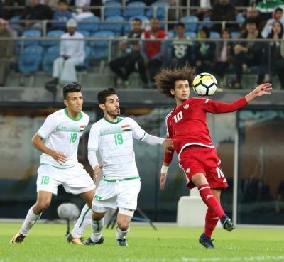 الإمارات وعمان إلى نهائي كأس الخليج