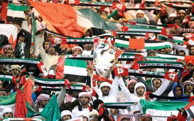 محمد بن راشد يوجه بتوفير طائرة لنقل الجماهير مجاناً للكويت
