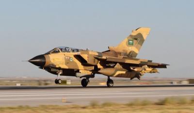 التحالف يعترف بسقوط طائرة حربية سعودية في اليمن ويكشف عن مصير الطيارين