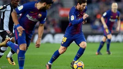 ميسي وسواريز يقودان برشلونة لفوزه الأول في 2018