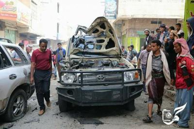 """بالصور .. نجاة وكيلا محافظة تعز """" المخلافي والأكحلي""""  من محاولة إغتيال وسط مدينة تعز"""