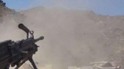 الحوثيون يشنون هجوماً على صبر الموادم في تعز
