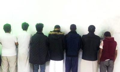 شرطة الرياض تقول أنها القت القبض على 7 يمنيين كوّنوا تشكيلاً عصابياً لنشل المارة والمصلين في المساجد