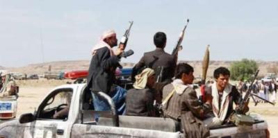أهالي قرية في محافظة إب يطردون حوثيين حاولوا تجنيد الشباب والدفع بهم إلى الجبهات