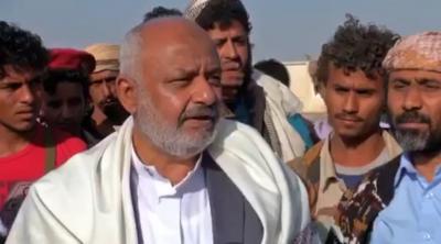 محافظ الحديدة في أول زياره له منذ تحريرها من سيطرة الحوثيين يصل الخوخة