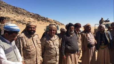 """محافظ الجوف """" العكيمي """"  يتفقد مواقع حررها الجيش الوطني في الخط الدولي الرابط بين الجوف وصعدة"""