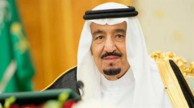 بعد مناشدات وتحذيرات بإنهيار تام للإقتصاد اليمني .. الملك سلمان يوجه بإيداع ملياري دولار في حساب البنك المركزي اليمني