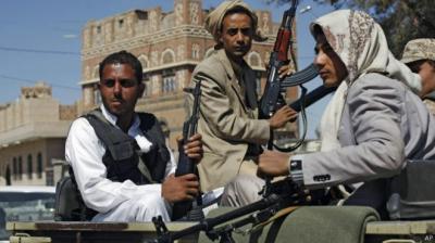 بعد أن أجهزوا على مرتبات موظفي الدولة .. الحوثيون يتجهون نحو المرتبات في المدارس الأهلية والقطاع الخاص !