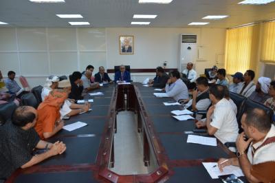 أبرز القرارات التي خرج بها إجتماع محافظ البنك المركزي اليمني مع ممثلي الشركات ومحلات الصرافة
