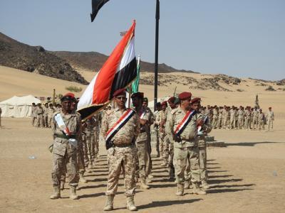 بالصور .. عرض عسكري لقوات الجيش بمناسبة تدشين العام التدريبي الجديد في مارب