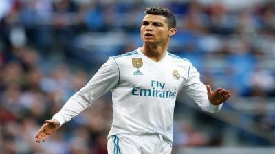 رونالدو يوجه رسالة مؤثرة إلى زملائه في ريال مدريد بعد الخسارة الأخيرة