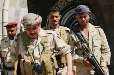 العميد صادق سرحان يحذر المواطنين ويكشف عن المناطق العسكرية التي تدور فيها المواجهات في مدينة تعز