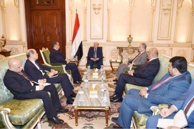 الرئيس هادي يلتقي ولد الشيخ بمناسبة إنتهاء مهمته كمبعوث أممي إلى اليمن