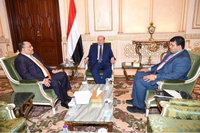 الرئيس هادي يصدر توجيه بشأن جزيرة سقطرى ووقف أي تصرف في أراضيها