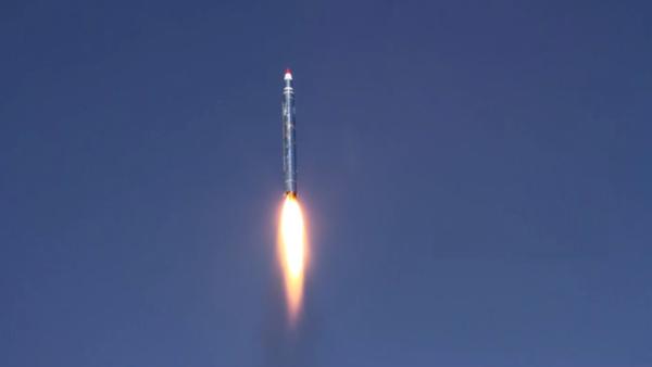 إعتراض صاروخ باليستي أطلقه الحوثيون على المخا