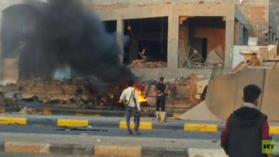 تفاصيل وصور أوليه للتفجير الذي إستهدف قوات مكافحة الإرهاب في عدن