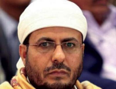 وزير الأوقاف: الحوثيون ألبسوا «الزيدية» لباساً إيرانياً ويحتجزون 150 عالما