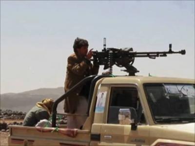 التحالف يحدد السيارات التي يمنع إستيرادها عبر الموانئ اليمنية