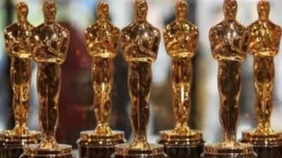 من هو أوسكار الذي تحمل الجائزة الشهيرة اسمه؟