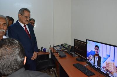 وزير التربية والتعليم يدشن المرحلة الأولى للقناة التعليمية
