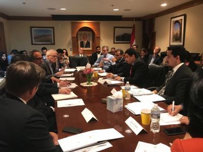 السفارة اليمنية لدى الولايات المتحدة تنظم إجتماع موسع لإستعراض آخر المستجدات على الساحة اليمنية