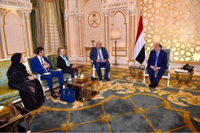 الرئيس هادي يستقبل ممثل الأمم المتحدة لدى اليمن