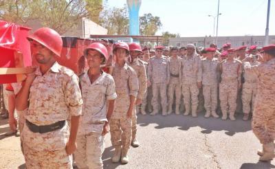 تشييع رسمي لجثمان قائد لواء حفظ السلام في مأرب
