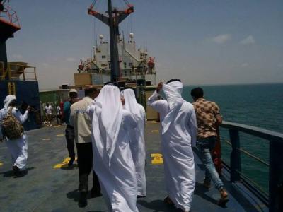 بعد قرار جيبوتي والصومال .. الحكومة اليمنية تنوي حرمان الإمارات من ميناء عدن