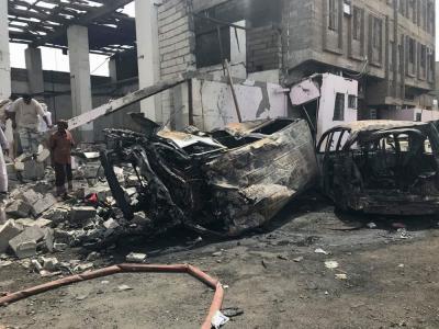 تفاصيل وصور للتفجير الإنتحاري الذي إستهدف أحد مرافق قوات الحزام الأمني بعدن وخلف عشرات القتلى والجرحى