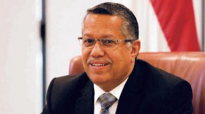 بن دغر يكشف عن مساعي لرفع العقوبات عن أحمد علي عبدالله صالح وأسباب عدم صرف المرتبات في المناطق التي يسيطر عليها الحوثيين