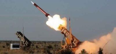 الحوثيون يطلقون صاروخ باليستي على جازان