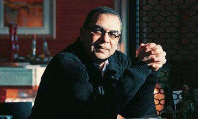 وفاة الأديب والروائي المصري البارز أحمد خالد توفيق إثر أزمة قلبية