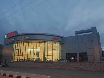 المركز التجاري للسيارات والمحركات يفتتح فرعه بحضرموت الوادي والصحراء