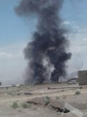 غارات جوية تستهدف شمال العاصمة صنعاء وأعمدة الدخان تتصاعد من المنطقة