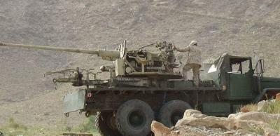 قوات الجيش تتقدم في جبهة نهم شرق العاصمة صنعاء وتسيطر على مواقع جديده